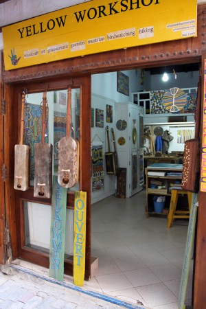 yellowworkshop, yellow-workshop, guembri, essaouira, maroc