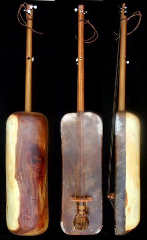 Moroccan Sintir also called Guembri bass guitar De Marokkaanse basguitar guembri tuning what is the correct tuning for the 3 stringed morrocan bass